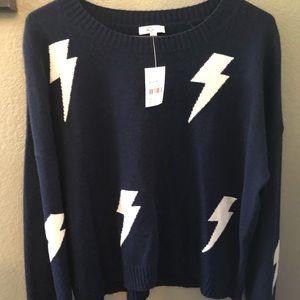 BNWT Relic Sweater
